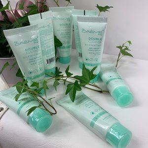 THE CREME SHOP Double Cleanse 2in1 Facial Cleanser